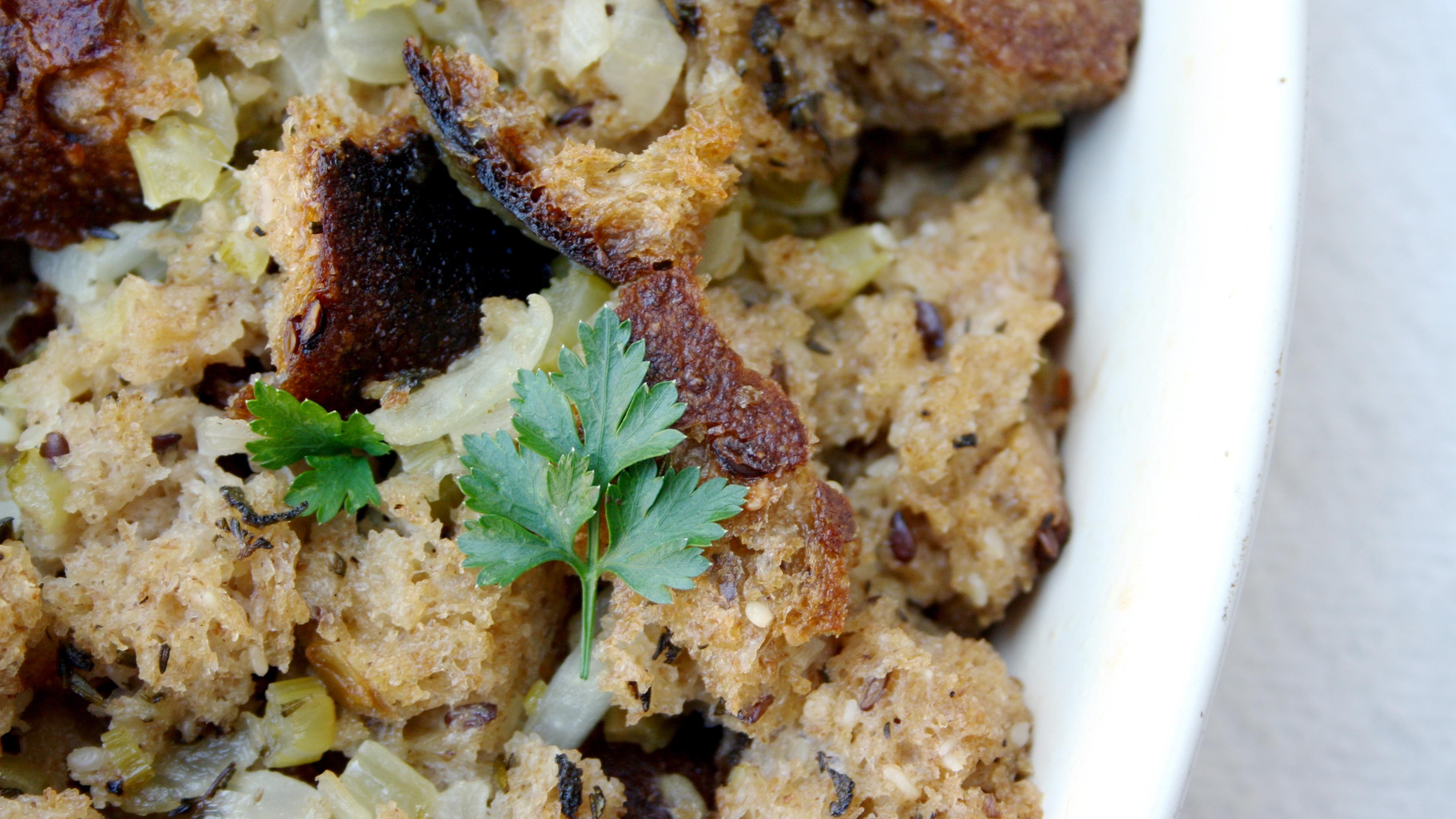 Whole Wheat Bread Stuffing With Fresh Herbs Aplenty - Community Grains